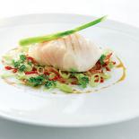 Cabillaud-a-la-vapeur-salade-de-fenouil-et-chorizo-jus-reduit-de-cidre